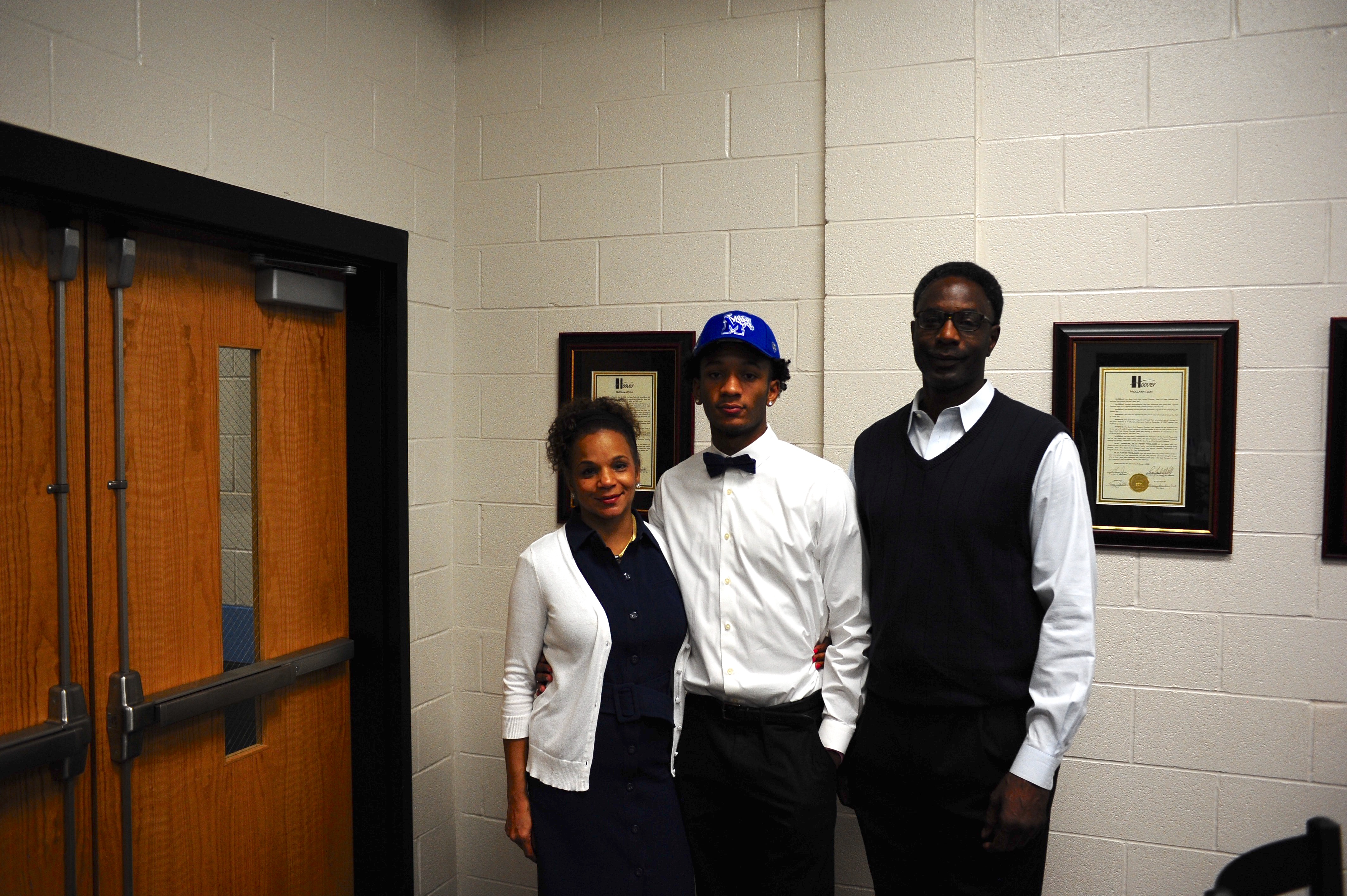Jamal Johnson makes it official, signs with Memphis - Shelby ...